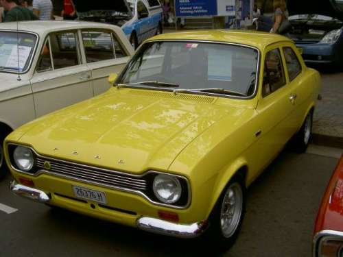 e.i.2006.mfs.ford.escort.tc.1968.yellow.3998.r.00.60